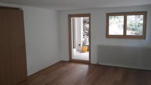 Eichenboden kombiniert mit Holzfenstern und Eichentüren