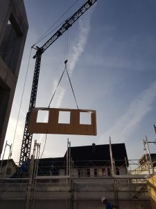 Aufrichtarbeiten MFH in Holzbauweise-0