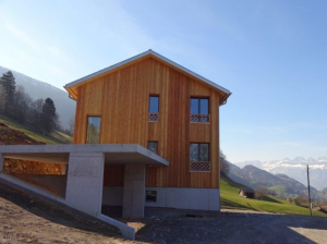 Holzbau trifft Beton, eine Hybride Holzkonstruktion